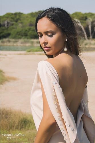 zurh vestido algodon ecologico sostenible perlas nacar mujer curvy albufera diseño moda woman dress moda fashion qagyuhl